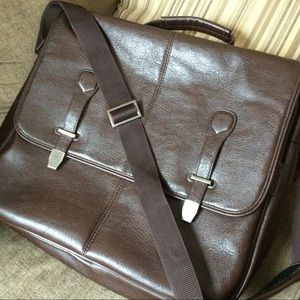 Briefcase Brown by Buxton